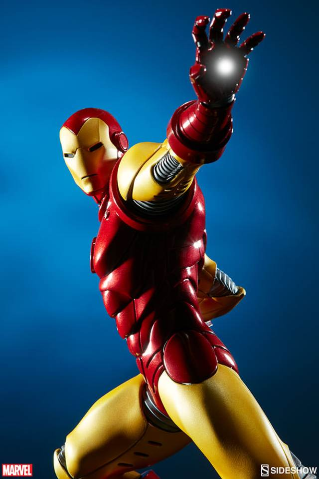 marvel-iron-man-avengers-assemble-statue-200354-02