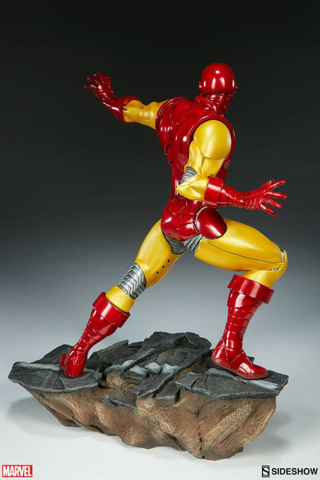 marvel-iron-man-avengers-assemble-statue-200354-07