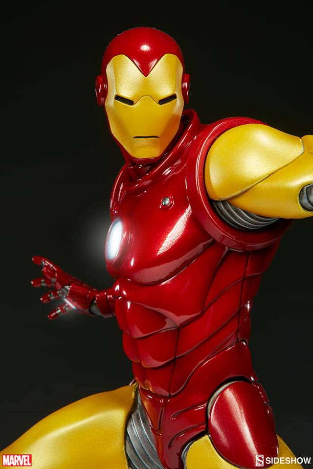 marvel-iron-man-avengers-assemble-statue-200354-09