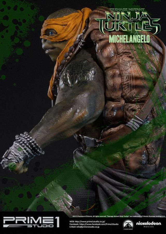 teenage-mutant-ninja-turtles-2014-michelangelo-statue-004