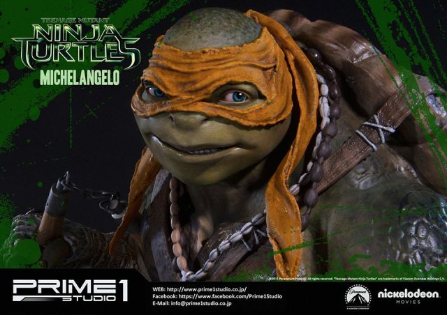 teenage-mutant-ninja-turtles-2014-michelangelo-statue-014