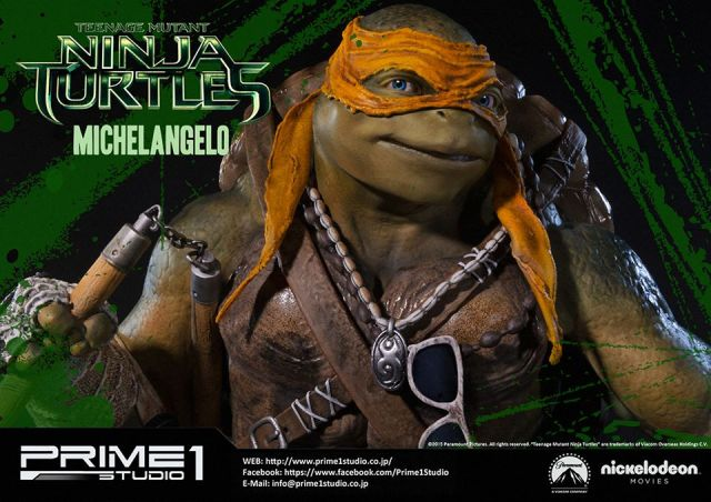 teenage-mutant-ninja-turtles-2014-michelangelo-statue-015