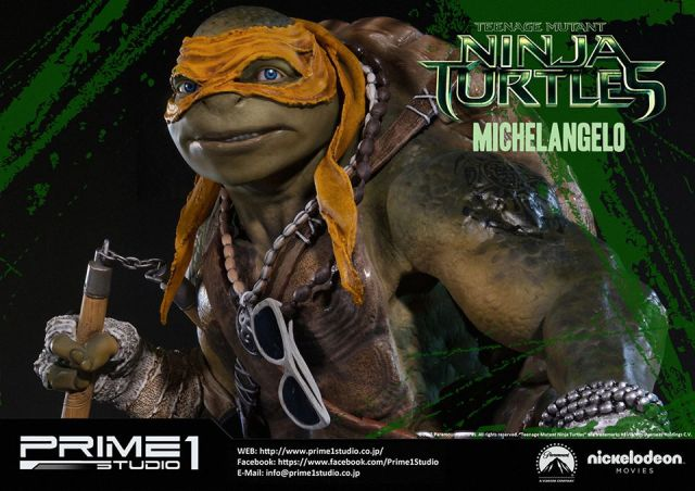 teenage-mutant-ninja-turtles-2014-michelangelo-statue-016