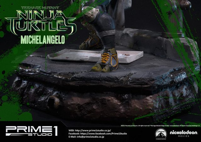 teenage-mutant-ninja-turtles-2014-michelangelo-statue-020